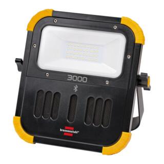 Brennenstuhl Mobiler Akku LED Baustrahler mit Bluetooth Lautsprecher, 30 W, IP54, für außen und innen