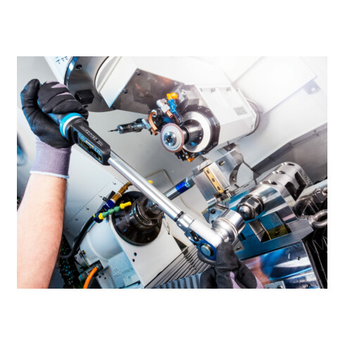 HAZET Elektronischer Drehmoment- Drehwinkel-Schlüssel 7295-5STAC 65–650 Nm 48–480 lbf.ft 1% Toleranz Einsteck-Vierkant 14 x 18 mm Vierkant massiv 20 mm (3/4 Zoll)